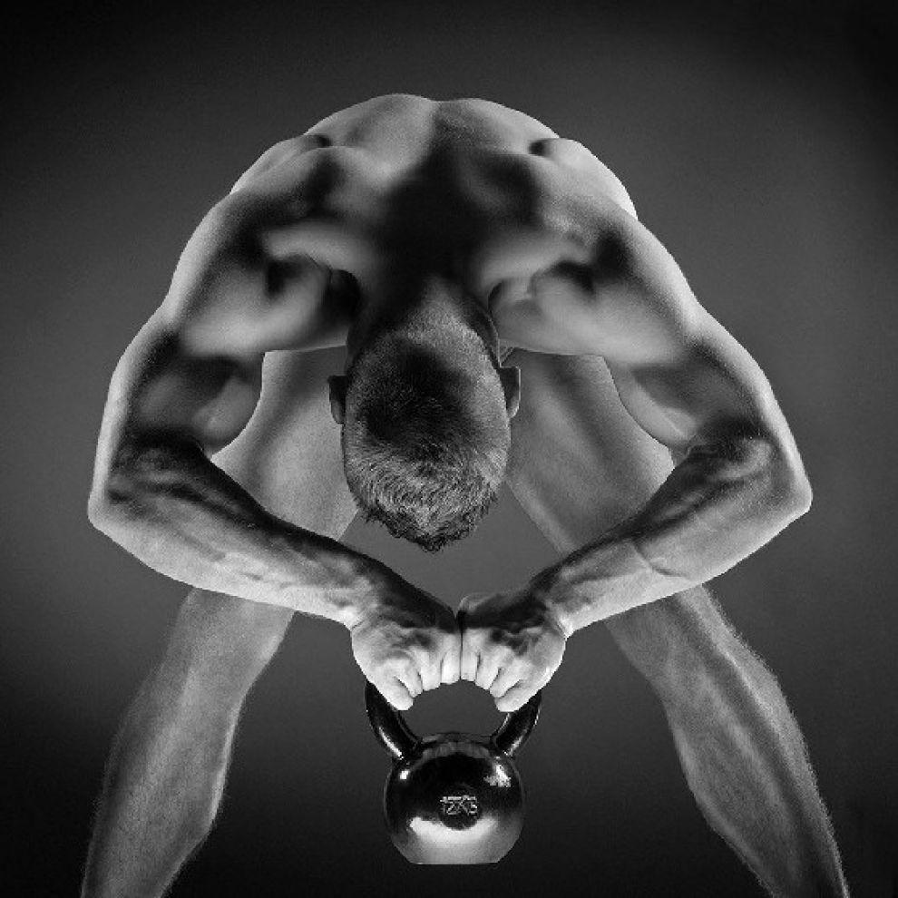Atleti Calendario.Pazzo Sport Holly Si Mette A Nudo Atleti Tedeschi A Nudo Federer