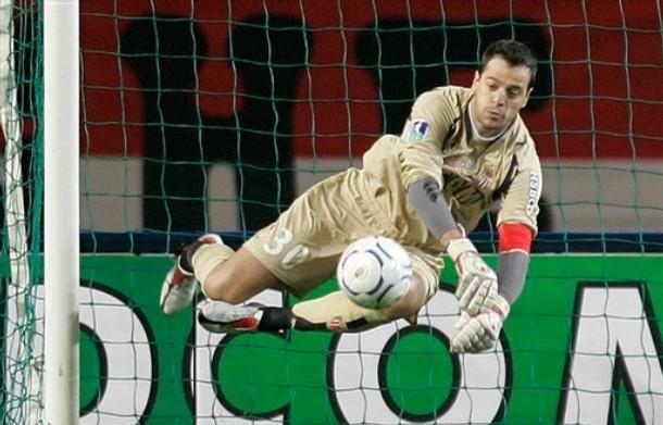 Flavio Roma rempile pour un an à Monaco
