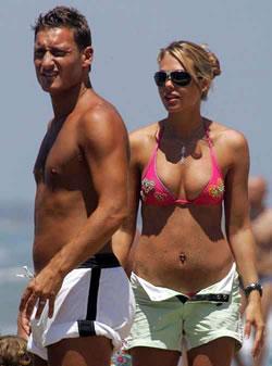 Gossip/ Il gold... Francesco Totti Wikipedia