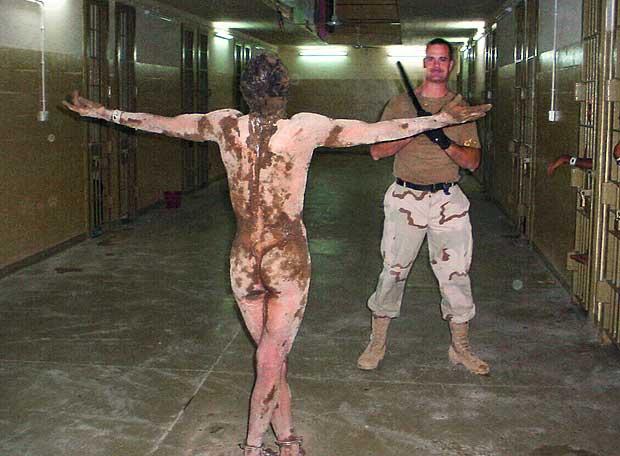 Травля узников Абу-Грейб: на скамье подсудимых - офицер армии США Хроника д