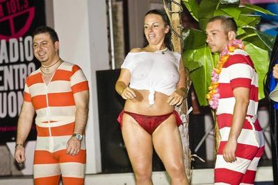 Torna il concorso più hot dell\'anno: Miss Maglietta Bagnata ...