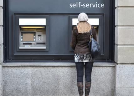 MIlano - Clonavano bancomat, 12 arresti