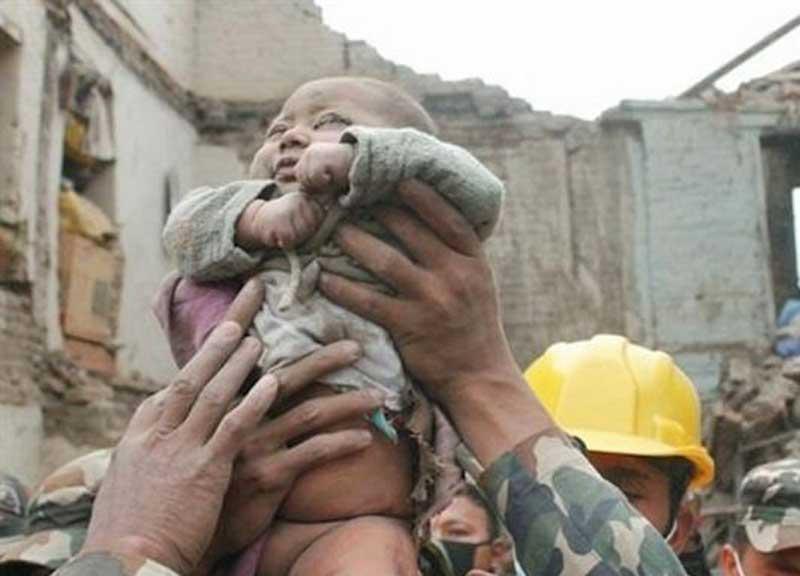 22 Italiani Dopo Nepal Ricerche Bebè Ritrovati Salvo Ore Di 5 wzqt7q