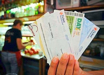 Furto e ricettazione di buoni pasto: 5 denunce della Finanza di Seregno