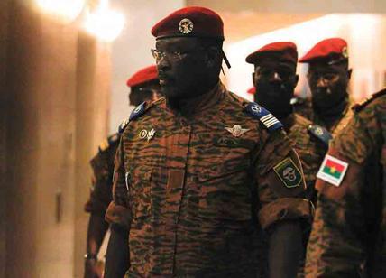 Attentato Burkina Faso almeno 35 morti molte donne