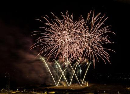 Roma, fuochi artificio Capodanno vietati: Tar sospende ordinanza