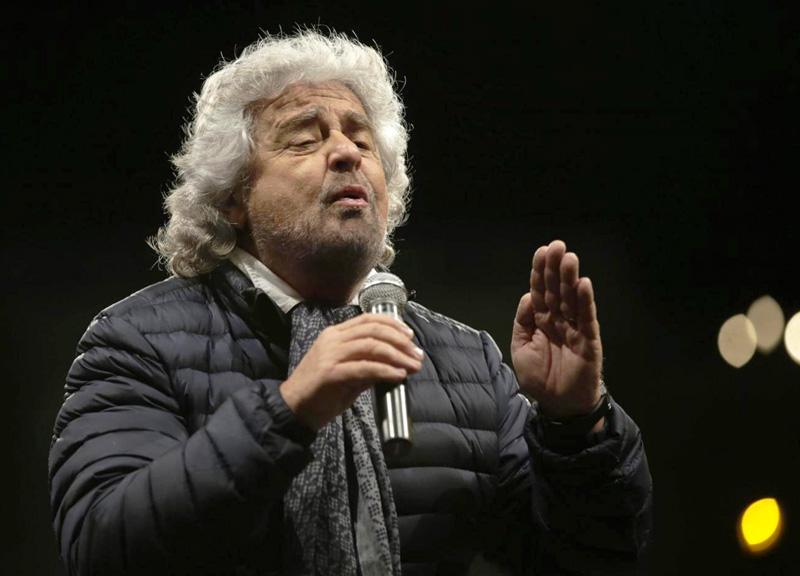 """Roma, Olimpiadi 2024: Beppe Grillo va in pressing sulla sindaca Virginia Raggi e sul blog pubblica un intervento dal titolo """"No, grazie"""""""
