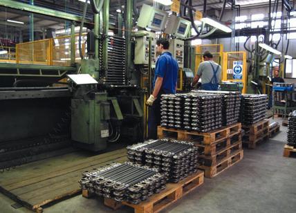 Italia: Produzione Industriale diminuisce a giugno, -0,4% m/m