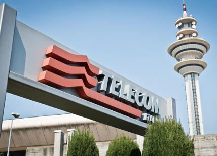 Telecom: torna in utile, crea societa' per sviluppo fibra