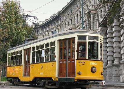 Milano, dopo 84 anni va in pensione il tram 23