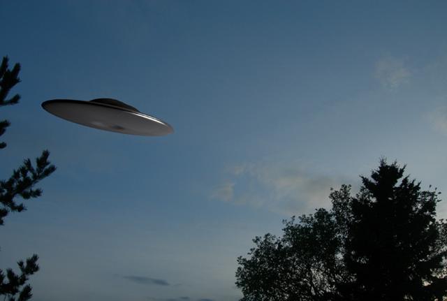 Ufo-mania, gli alieni sono tra noi. Svelati i rapporti top secret del Vaticano