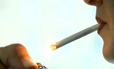 Vita dura per i fumatori con i nuovi divieti