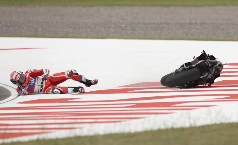 Iannone: lesione a vertebra. Addio MotoGp Misano e non solo per il pilota Ducati