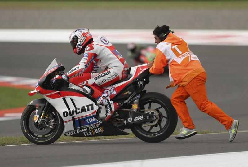"""MotoGP, Iannone si ferma: """"Con la schiena non si scherza"""". Ducati, ecco il sostituto di Iannone ad Aragon"""