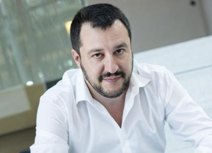 Hacker rubano le chat di Salvini: rivendica AnonPlus