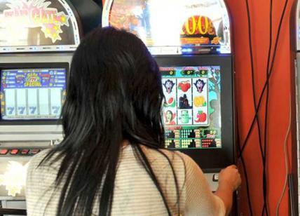 Risultati immagini per Virginia Raggi e le slot machine