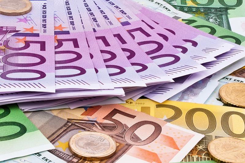 Scatta l'ora del bonus da 500 euro in cultura per i diciottenni. Ma i siti dell'iniziativa non sono operativi