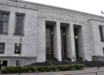 Tenta entrare in Tribunale Milano con coltello, denunciato
