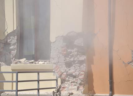 Terremoto, l'inchiesta: la Procura sequestra la scuola crollata ad Amatrice