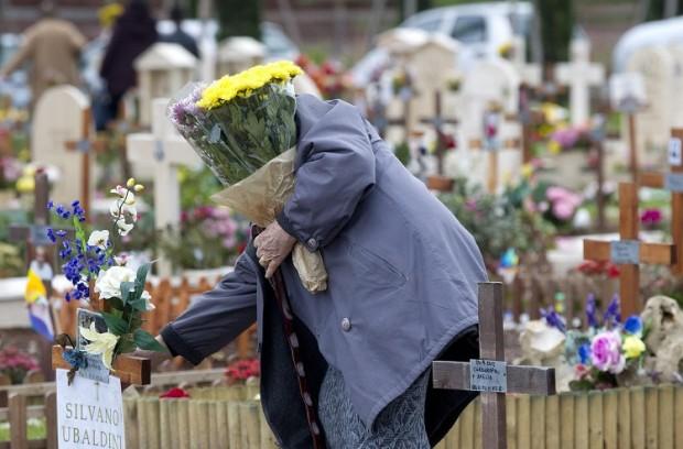 """In discussione la """"tassa sulla morte"""" o """"tassa sui funerali"""". Iva al 10% e 30 euro per ogni funerale"""