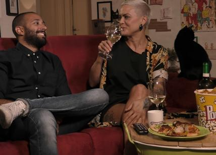 Gogglebox, arriva il primo Fixed show: in seconda serata su Italia 1