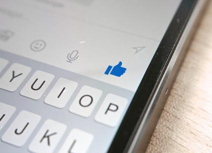 Facebook per trovare lavoro, in test funzione che sfidera LinkedIn