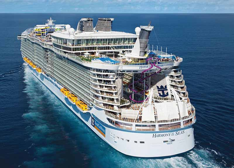 A Marsiglia incidente sulla mega nave da crociera Harmony of the Seas: un morto e 4 feriti