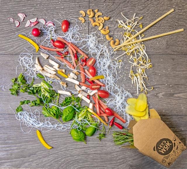 Nasce a Milano, in via Panfilo Castaldi 40, un nuovo modo di mangiare che trasforma la pausa veloce. L'avventura di Let's Wok