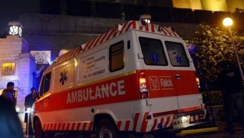 Autobus cade in un fossato Ventinove morti