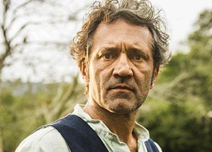 Muore annegato sul set attore leggenda delle soap brasiliane