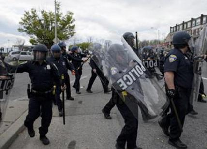 Usa: spari a veglia vittime sparatoria, 5 feriti