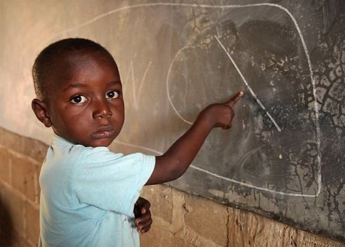 """""""Aiutiamoli a casa loro"""" è il nome della campagna avviata da Reach Italia in sette Paesi africani"""