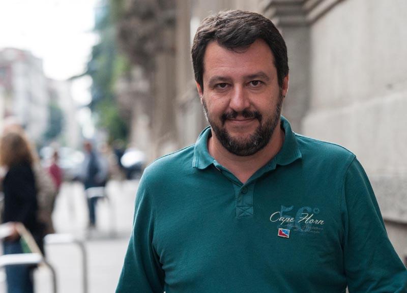 Matteo Salvini e Alessandro Morelli tengono a battesimo questa sera la scuola di formazione della Lega Nord