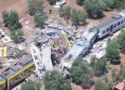 Puglia, disastro ferroviario: accusati i due capistazione