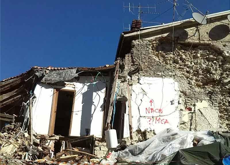A più di 6 mesi di distanza dal terremoto della scorsa estate, gli italiani costretti a vivere lontani dalle proprie case sono ancora tanti
