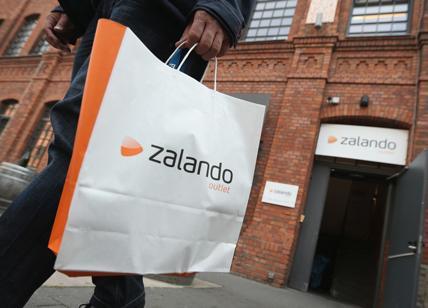 pretty nice 9ab6c c79e6 Zalando rivoluziona lo shopping online: anche in Italia ...