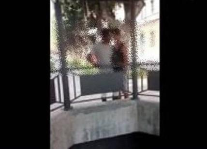 Acqui, giovane rifugiato picchiato. Video sul web, due denunciati