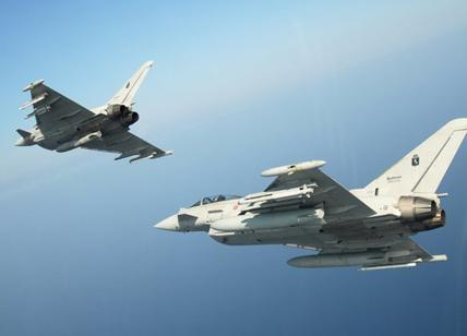 Israele: attaccati 12 obiettivi in Siria