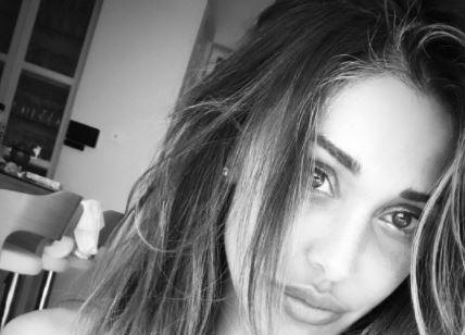 Belen Rodriguez sfoggia un nuovo taglio di capelli sul web