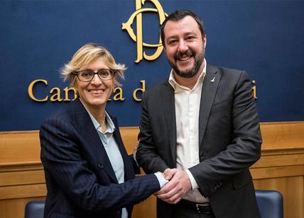 Maroni contro Salvini: