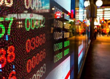 designer nuovo e usato la vendita di scarpe rivenditore di vendita Borse in rosso e spread a 311 punti. S&P's, i mercati già ...