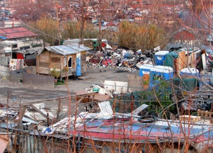 Guerriglia tra abitanti e nomadi vicino a Roma