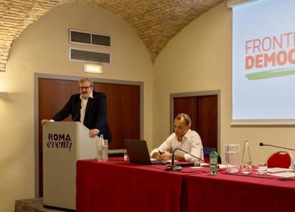 Migranti, Renzi: 'Aiutarli a casa loro' è buonsenso, non siamo Lega