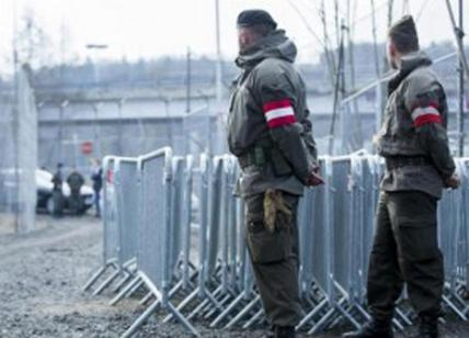 Immigrazione, Austria sposta blindati a confine con Italia