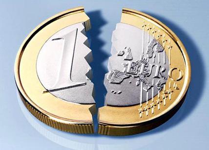 49011545fc Euro? Più della metà degli italiani vorrebbe uscire dall'Eurozona ...