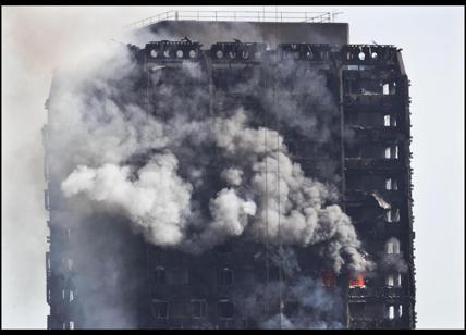 Rogo Londra trovare altri sopravvissuti nel grattacielo