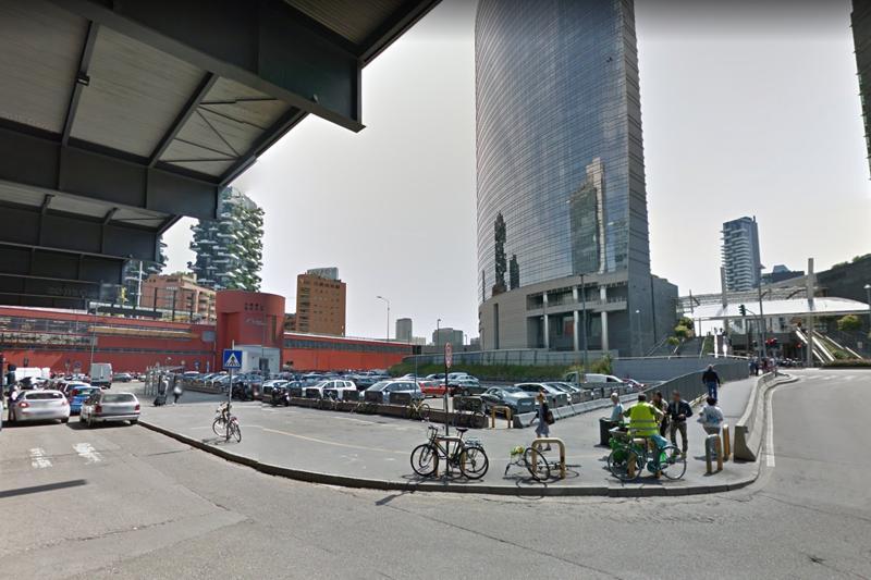 Stazione Porta Garibaldi, ragazzo investito da treno: circolazione in tilt e ritardi