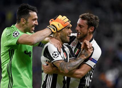 Calciomercato Juventus, è ufficiale: Dani Alves rescinde il contratto