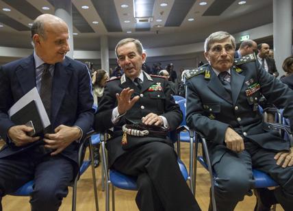 Berlusconi: 'Premier centrodestra? Può essere generale Gallitelli'