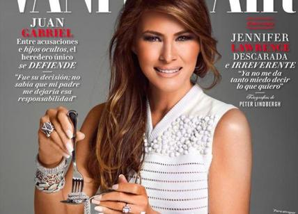Melania Trump, la foto dello scandalo: eccola mentre mangia diamanti. E' caos